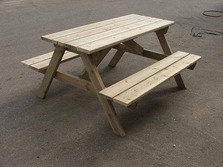 """שולחן פיקניק קק""""ל חדש"""